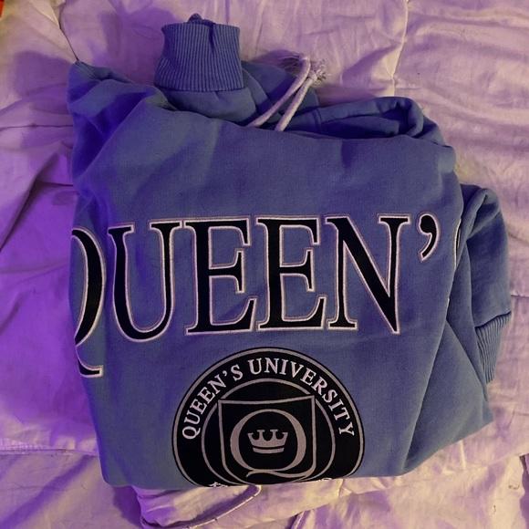 oversized queens hoodie
